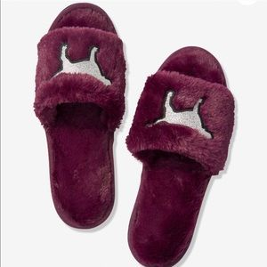 NWT VS PINK fuzzy fur slides slippers